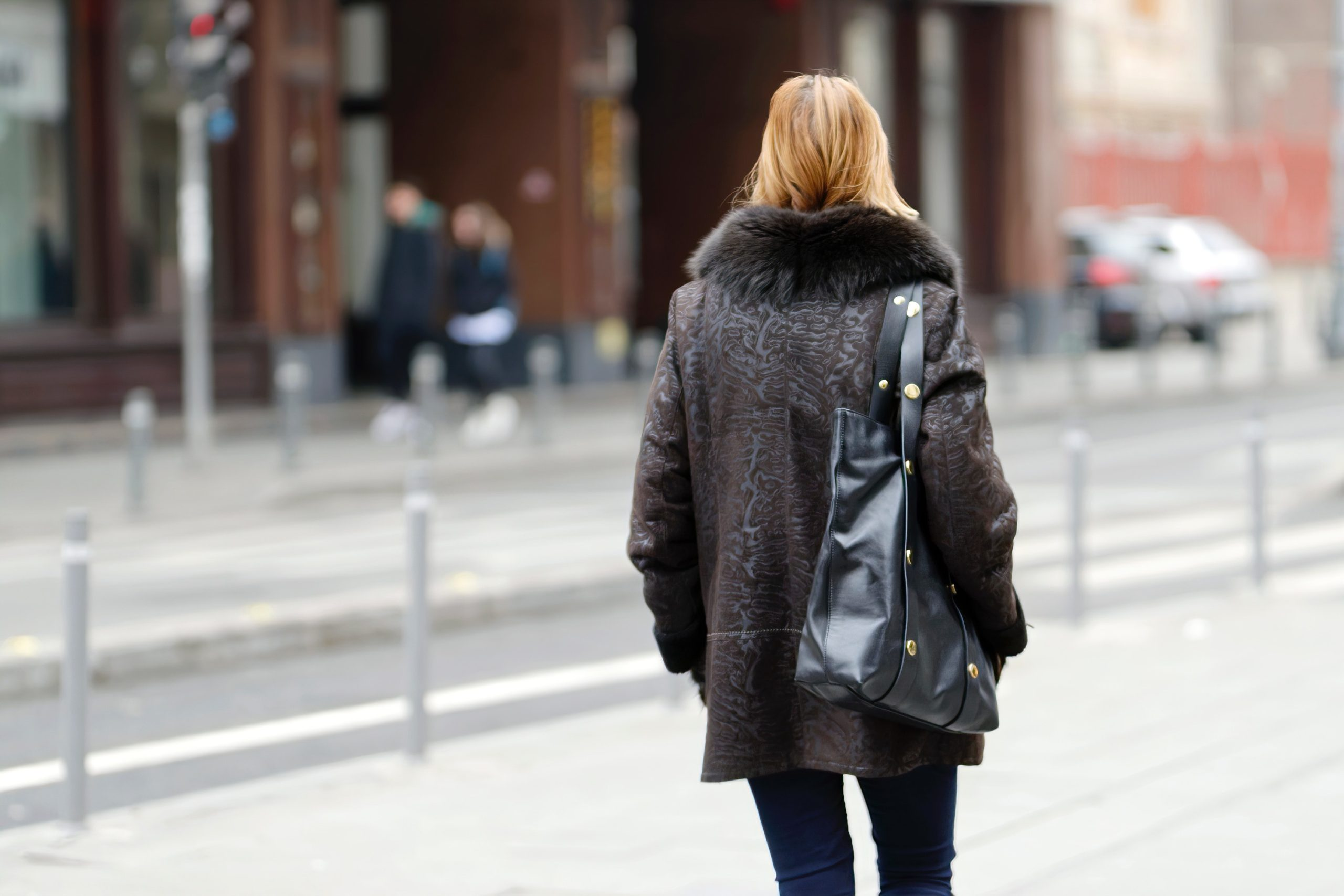 woman-with shoulder bag